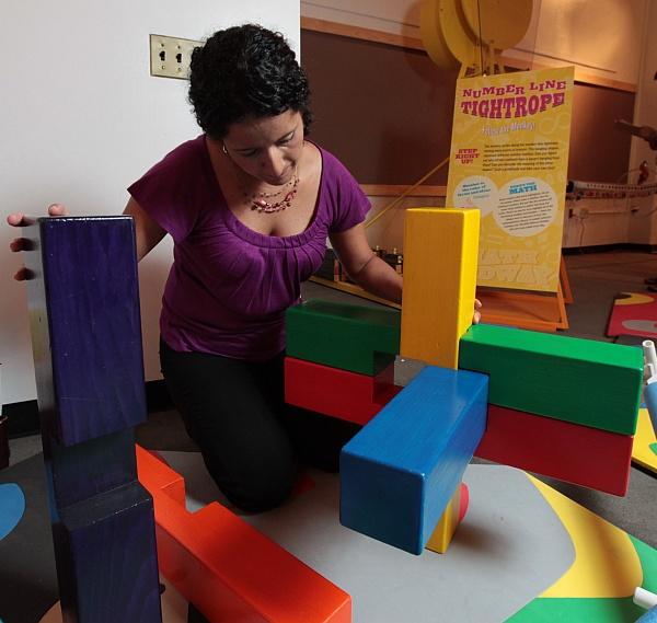 Building the Giant Burr Puzzle