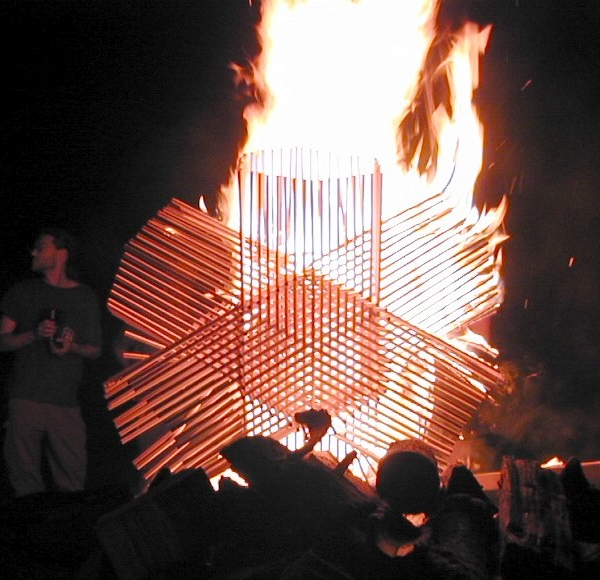 hexagonal-sticks-burning