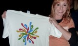 Kari Byron of MythBusters showing off a MoMath T-shirt (available at momath.org/shop).